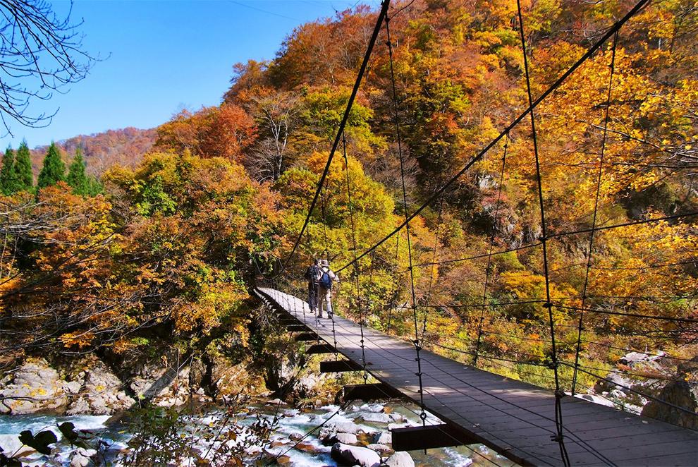 晩秋の見倉橋